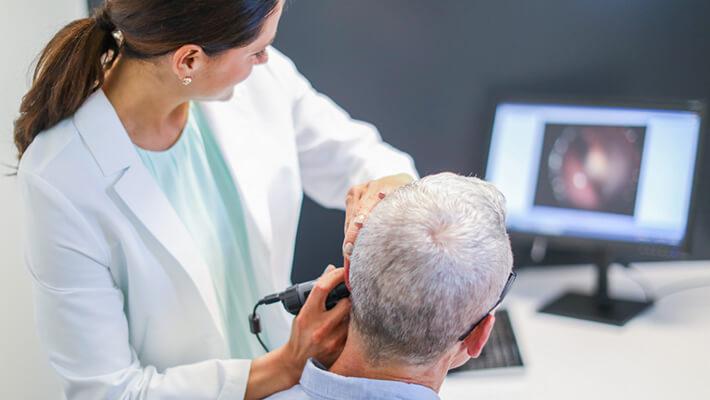 Может ли серная пробка быть причиной изменения слуха?